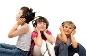 kids_listening